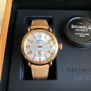 Shinola Runwell Women's 36mm rose gold watch